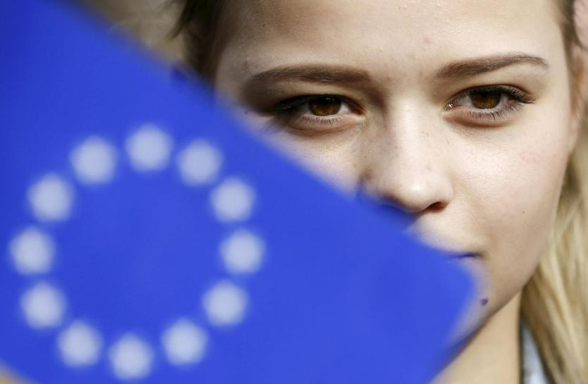 EU to propose visa-free travel for Ukraine despite Dutch vote: source