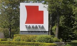 La sécurité routière américaine estime à environ 85 millions le nombre d'airbags Takata encore sur le marché et qui devront éventuellement être rappelés, à moins que le groupe japonais puisse prouver qu'ils ne sont pas dangereux. /Photo d'archives/REUTERS/Rebecca Cook