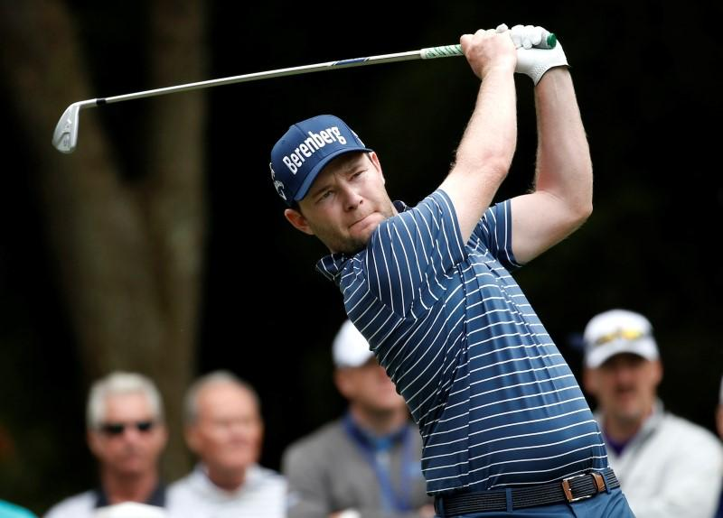 Amazing Grace wins Heritage title by two strokes