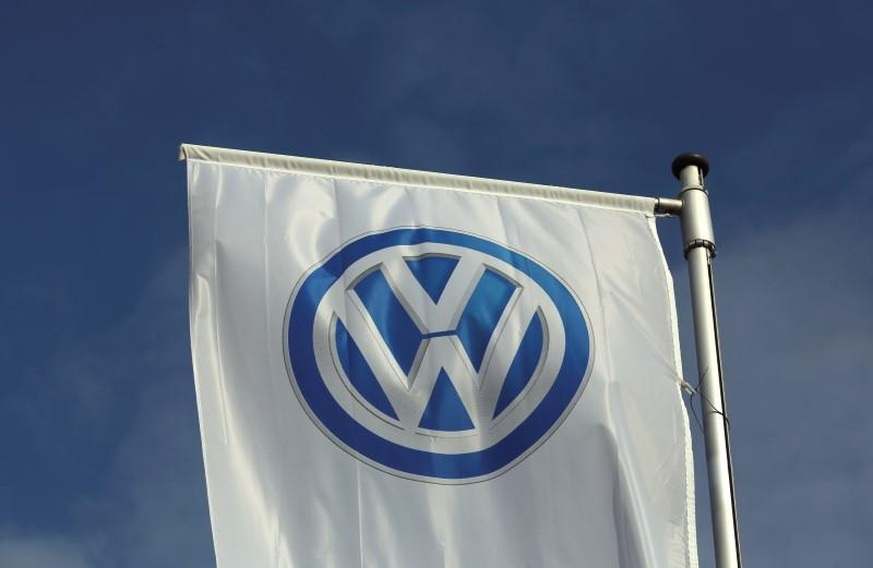 Vw Buyback Program >> Exclusive Vw To Offer To Buy Back Nearly 500 000 U S