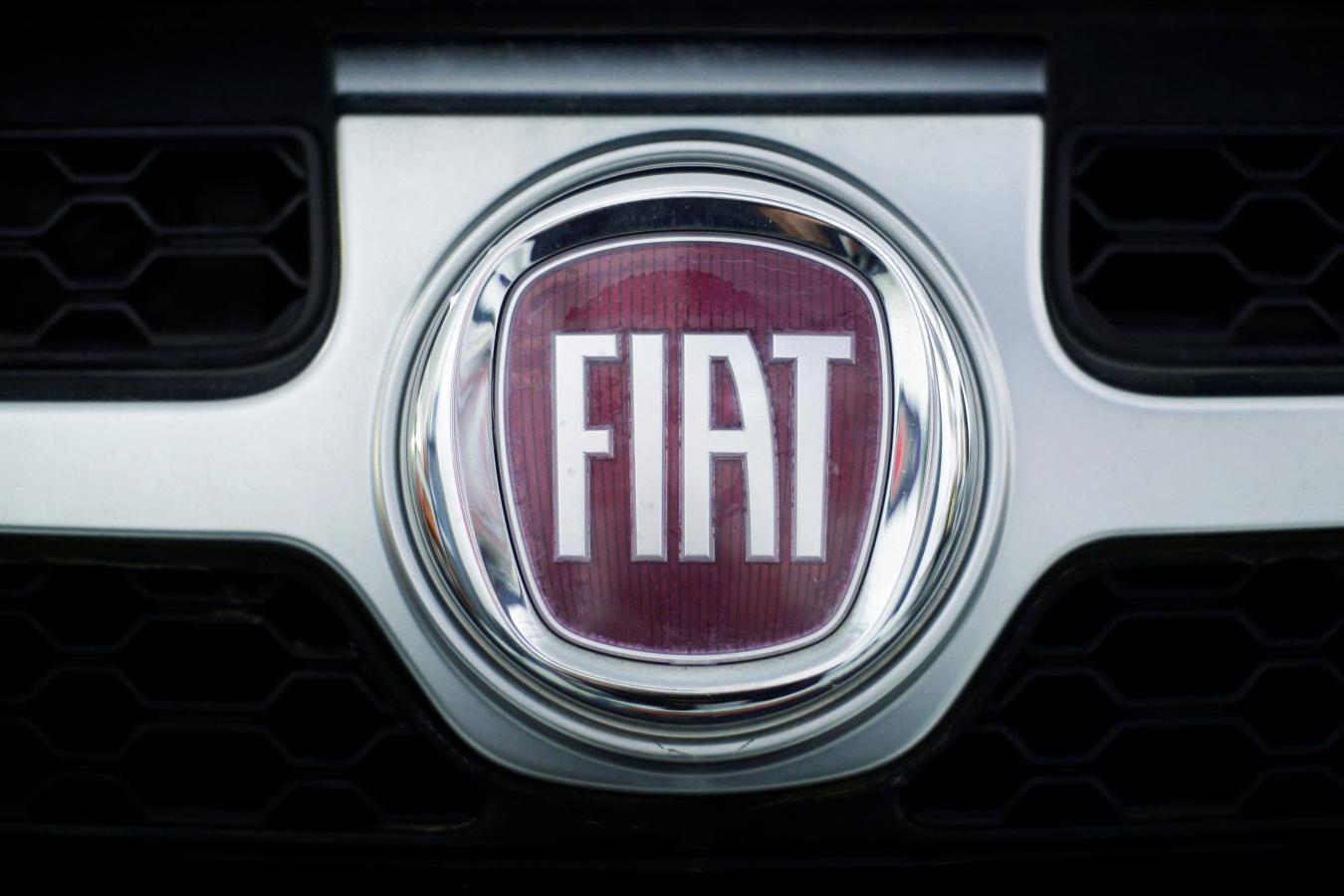 Fiat chrysler shares fall on report of german sales ban threat slideshow 6 images biocorpaavc
