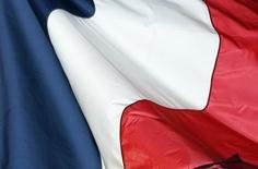 """La Banque de France attend une croissance d'""""au moins 1,4%"""" pour l'économie française cette année, qui n'accélérerait que très légèrement en 2017 (1,5%) et 2018 (1,6%). /Photo d'archives/REUTERS/Régis Duvignau"""