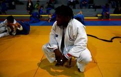 2016 Rio Olympics - Judo - Refugee Olympic Team Training - Reacao Institute - Rio De Janeiro, Brazil - 28/07/2016. Refugee and judo athlete from the Democratic Republic of Congo Popole Misenga trains during a training session. REUTERS/Nacho Doce
