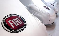 Les ventes de voitures neuves ont augmenté de 2,9% en Italie en juillet par rapport au même mois de l'an dernier, marquant un net ralentissement de la croissance du quatrième marché automobile européen, dont la progression avait été de deux chiffres lors de chacun des six mois précédents. /Photo d'archives/REUTERS/Alessandro Bianchi