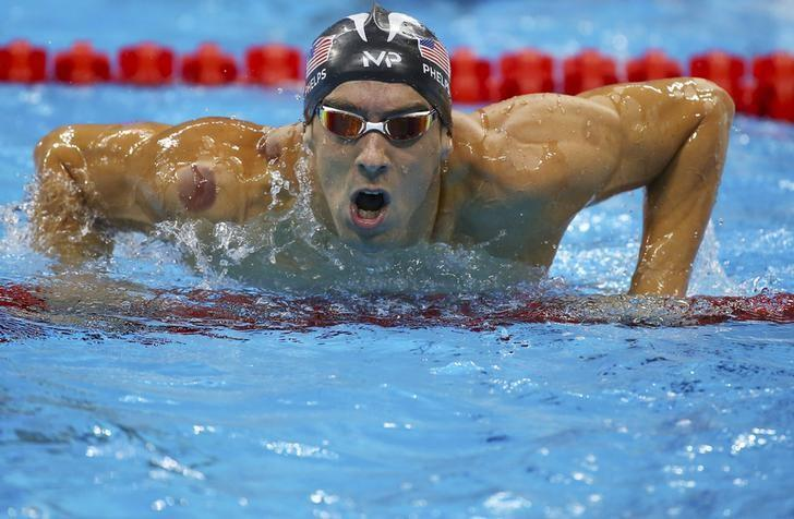 Swimming phelps to race 4x200m freestyle relay reuters - Rash on legs after swimming in pool ...