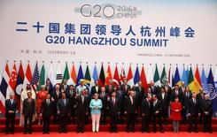 Líderes posam para foto durante a Cúpula do G20 em Hangzhou, na província de Zhejiang, na China  04/09/2016 REUTERS/Damir Sagolj