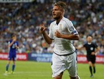Ciro Immobile comemora gol da Itália.  05/09/16.  REUTERS/Baz Ratner