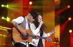 Mexican pop duo Jesse & Joy  perform during the 55th International Song Festival in Vina del Mar city, about 121km (75 miles) northwest of Santiago, February 28, 2014. REUTERS/Eliseo Fernandez