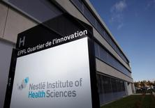 A logo is pictured outside the Nestle Institute of Health Sciences in Lausanne, Switzeralnd, November 2, 2012.   To match Insight NESTLE-SCIENCE/   REUTERS/Denis Balibouse/File Photo