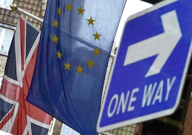 10月4日、英領北アイルランドの高等裁判所は、英国の欧州連合(EU)離脱決定に関し、英議会の承認が必要かどうかについての審理を開始する。写真はロンドンで昨年6月撮影(2016年 ロイター/Toby Melville)
