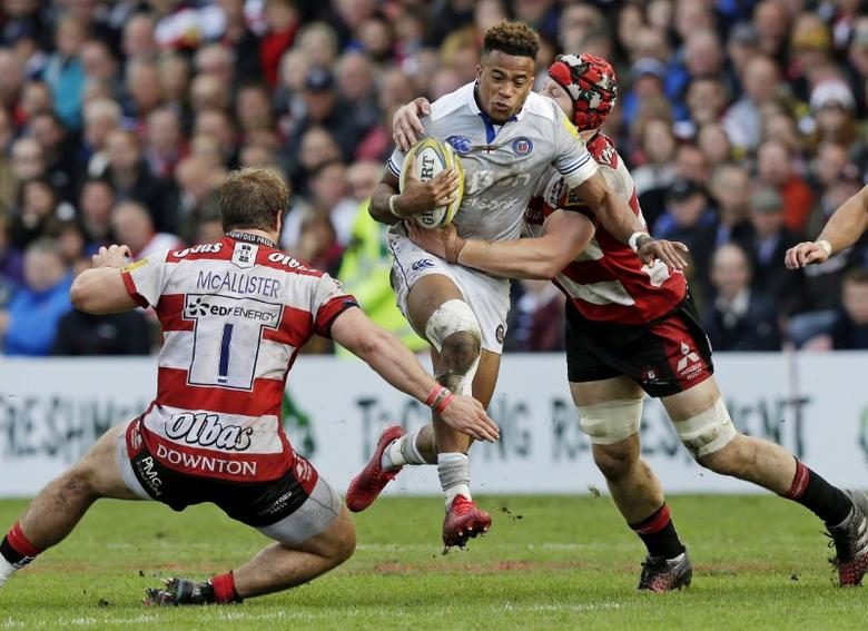 Rugby Union - Gloucester Rugby v Bath Rugby - Aviva Premiership - Kingsholm - 1/10/16Anthony Watson of Bath Rugby is tackled by Tom Savage (R) and Paddy McAllister of Gloucester RugbyMandatory Credit: Action Images / Henry BrowneLivepicEDITORIAL USE ONLY.