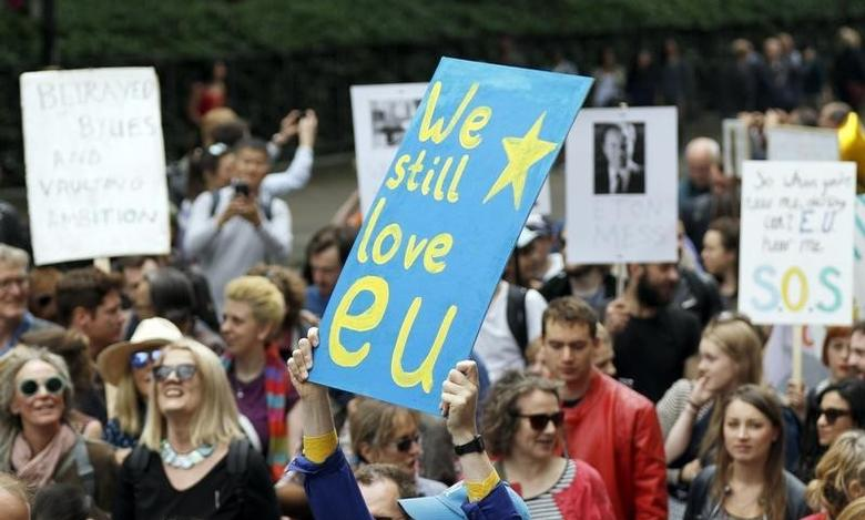 People hold banners during a 'March for Europe' demonstration against Britain's decision to leave the European Union, in central London, Britain July 2, 2016. Britain voted to leave the European Union in the EU Brexit referendum.    REUTERS/Tom Jacobs