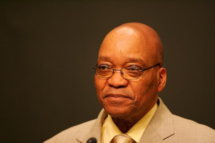 President Jacob Zuma addresses a press conference after his dismissal as Deputy President by then President Thabo Mbeki in Cape Town, South Africa June 14, 2005.  REUTERS/Mike Hutchings/Files