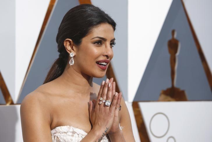 Presenter Priyanka Chopra arrives at the 88th Academy Awards in Hollywood, California February 28, 2016.  REUTERS/Adrees Latif