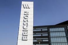 Ericsson a annoncé vendredi une baisse de ses ventes au troisième trimestre en Amérique du Nord, son principal marché, attestant ainsi d'une mauvaise passe déjà préfigurée par les résultats provisoires annoncés la semaine passée. /Photo d'archives/REUTERS/Stig-Ake Jonsson