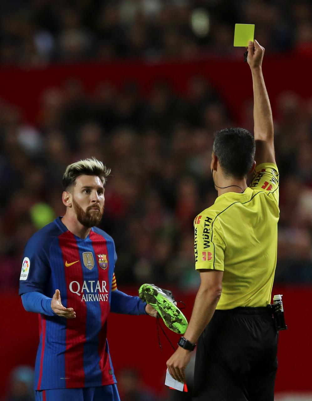 7f91b793d Barcelona appeal Messi yellow card for time wasting - Reuters