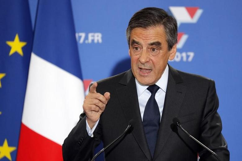 Francois Fillon, former French prime minister and member of Les Republicains political party, delivers  his speech in Paris, France, November 27, 2016. REUTERS/Philippe Wojazer