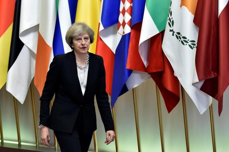 Britain's Prime Minister Theresa May leaves a EU Summit at the European Council headquarters in Brussels, Belgium December 15, 2016. REUTERS/Eric Vidal