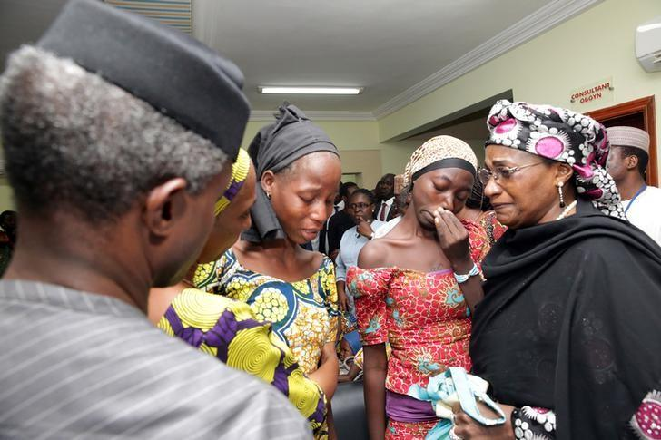 Some of the 21 Chibok school girls released are seen during a meeting with Nigeria's Vice President Yemi Osinbajo in Abuja, Nigeria, October 13, 2016. Sunday Aghaeze/Special Assistant to Nigerian President Muhammadu Buhari/Handout via REUTERS