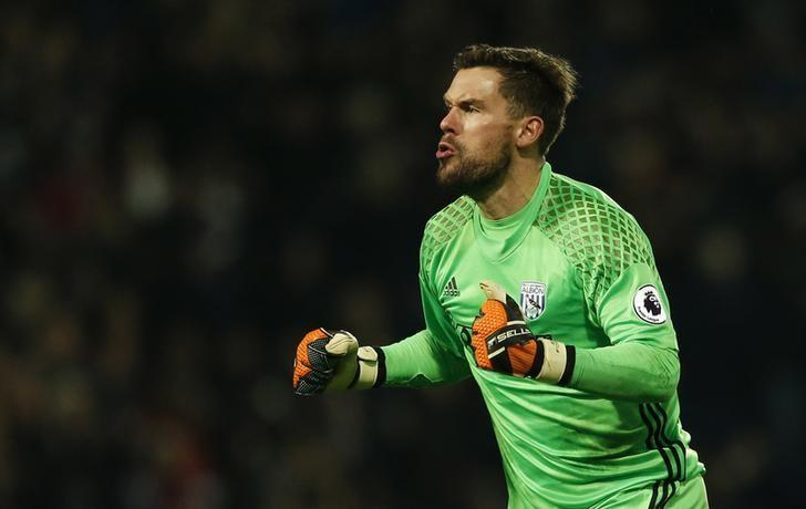 Britain Football Soccer - West Bromwich Albion v Swansea City - Premier League - The Hawthorns - 14/12/16 West Brom's Ben Foster celebrates their first goal  Action Images via Reuters / Andrew Boyers Livepic