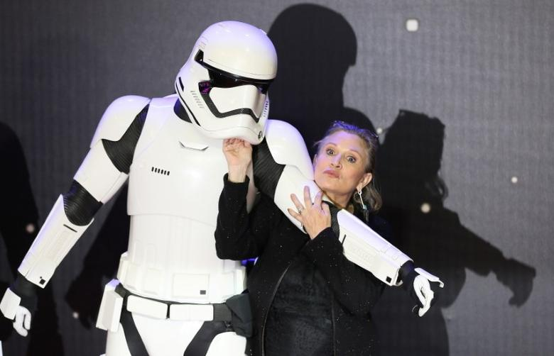 Carrie Fisher poses for cameras as she arrives at the European Premiere of ''Star Wars, The Force Awakens'' in Leicester Square, London, December 16, 2015.     REUTERS/Paul Hackett/File Photo
