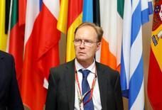 """El embajador británico saliente ante la Unión Europea dijo que los representantes del Gobierno británico en Bruselas desconocían los objetivos de negociación del """"Brexit"""" de la primera ministra Theresa May, informó la BBC. En la imagen,  el embajador Ivan Rogers en Bruselas en una cumbre de la UE, el 28 de junio de 2016. REUTERS/François Lenoir"""