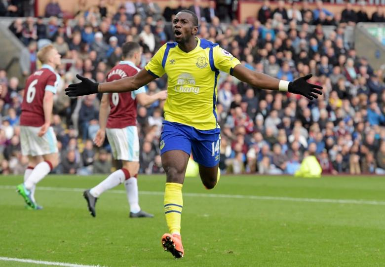 Britain Soccer Football - Burnley v Everton - Premier League - Turf Moor - 22/10/16Everton's Yannick Bolasie celebrates scoring their first goal Reuters / Anthony DevlinLivepic