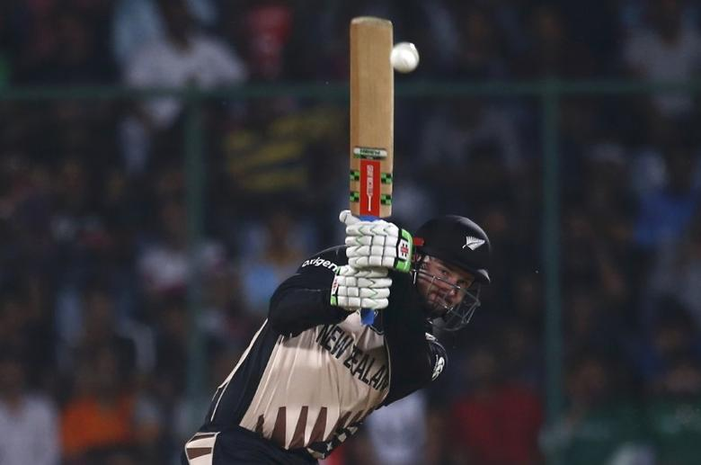 Cricket - England v New Zealand - World Twenty20 cricket tournament semi-final - New Delhi, India - 30/03/2016. New Zealand's Colin Munro plays a shot.  REUTERS/Adnan Abidi  Picture Supplied by Action Images