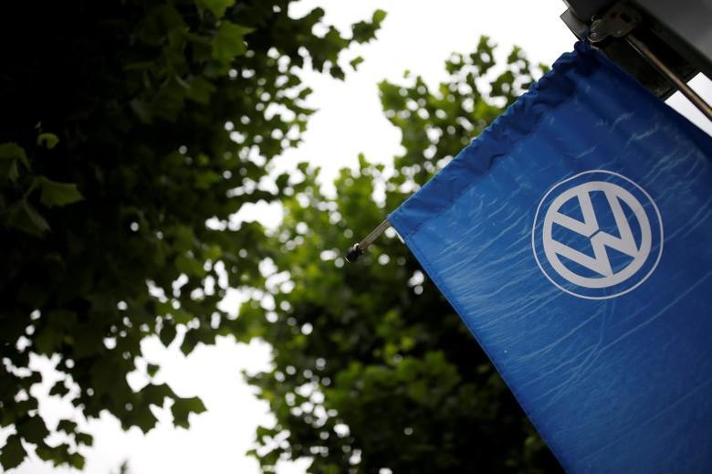 A Volkswagen's logo is seen at a dealership in Seoul, South Korea, August 2, 2016.  REUTERS/Kim Hong-Ji/Files