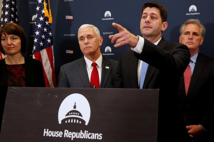 U.S. Vice President-elect Mike Pence (2nd L) joins House Republicans, including Representative Cathy McMorris Rodgers (R-WA) (L), Speaker Paul Ryan (R-WI) (2nd R) and House Majority Leader Kevin McCarthy (R-CA) (R), to speak to reporters after meeting with the Republican House caucus at the U.S. Capitol in Washington, U.S. January 4, 2017. REUTERS/Jonathan Ernst/Files