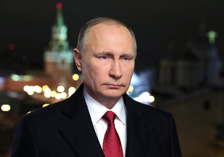 Russia's President Vladimir Putin makes his annual New Year address to the nation in Moscow, Russia, December 31, 2016. Sputnik/Mikhail Klimentyev/Kremlin via REUTERS