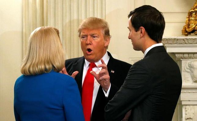 2月3日、米主要企業のCEOが、トランプ大統領がホワイトハウスで開いた会合に出席した。写真は会場で同日撮影(2017年 ロイター/Kevin Lamarque)