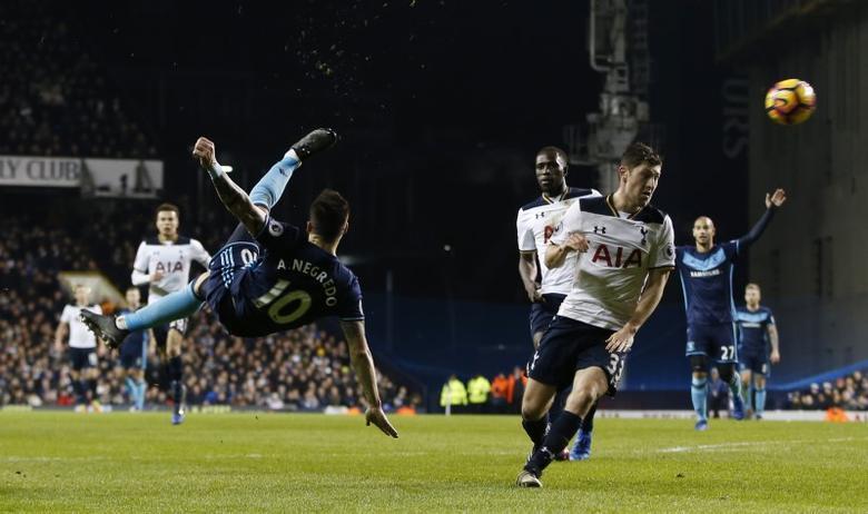 Britain Football Soccer - Tottenham Hotspur v Middlesbrough - Premier League - White Hart Lane - 4/2/17 Middlesbrough's Alvaro Negredo shoots at goal  Action Images via Reuters / Paul Childs Livepic