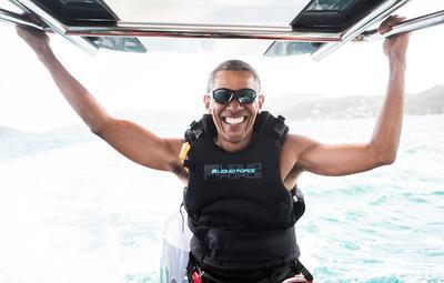 Obama goes kitesurfing
