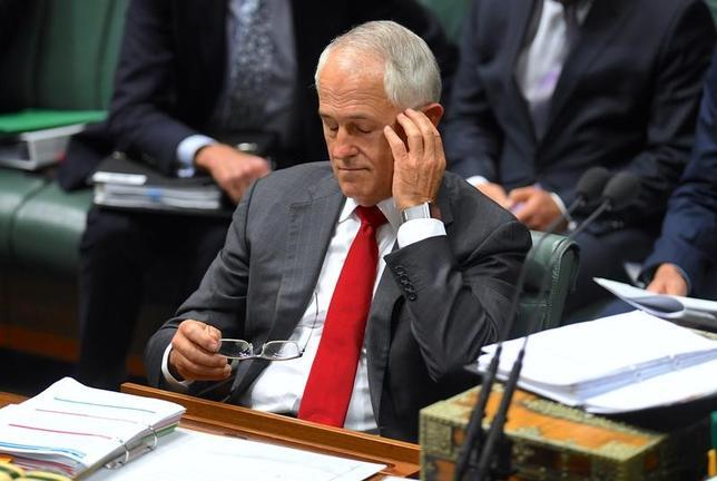 2月7日、オーストラリアのターンブル首相(写真)率いる自由党の著名上院議員、コリー・ベルナルディ氏は7日、同党を離党し、新たな保守政党を結成すると表明した。提供写真(2017年 ロイター/AAP/Lukas Coch/via REUTERS)
