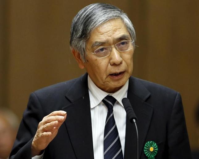 2月14日、黒田東彦日銀総裁は新潟市内で講演し、世界的に貿易取引の伸びが鈍化している中で、「世界の工場」というアジア地域の経済成長モデルは転換点を迎えているとの認識を示した。写真は川崎市で昨年2月撮影(2017年 ロイター/Toru Hanai)