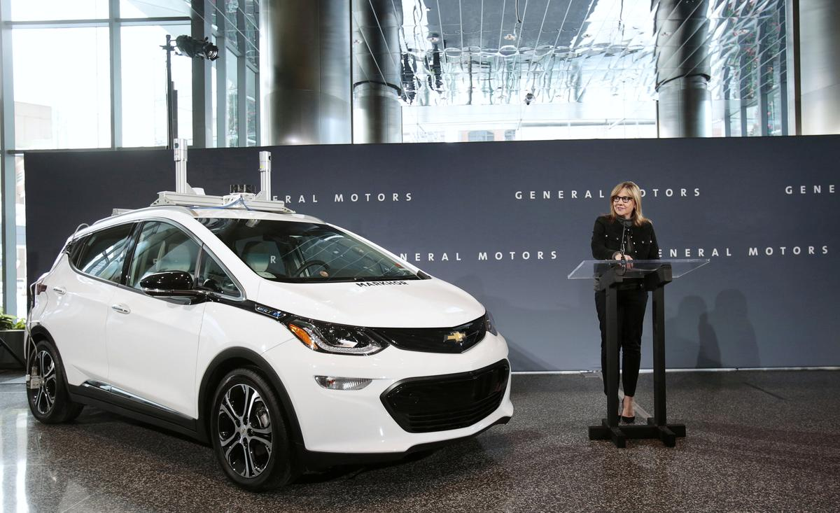 Exclusive: GM plans to build, test thousands of self-driving Bolts...