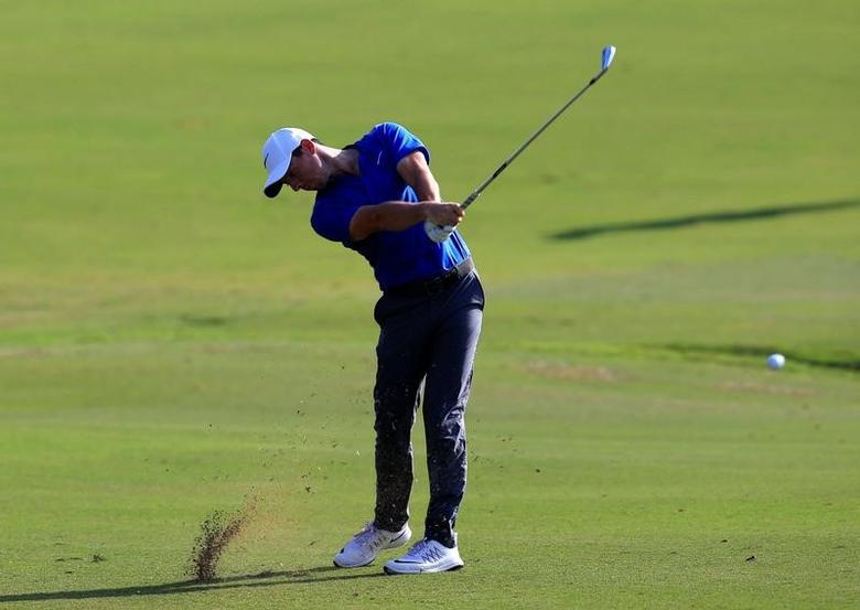 Golf - DP World Tour championship - Dubai, UAE - 20/11/16 - Rory McIlroy of Northern Ireland in action.   REUTERS/Ahmed Jadallah
