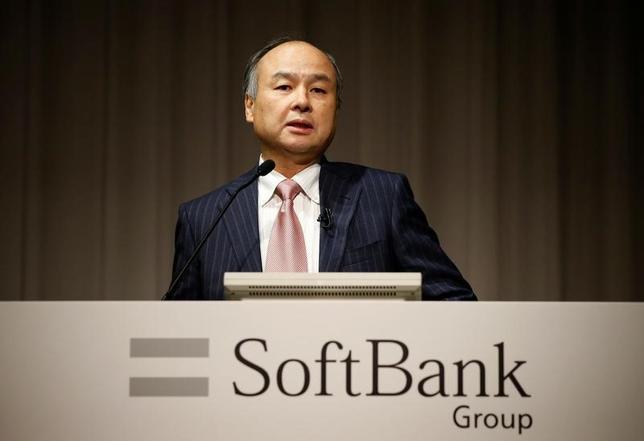 2月26日、米CNBCは、関係筋の話として、ソフトバンク・グループが米シェアオフィス会社ウィーワークへの投資を確定しつつあると報じた。写真はソフトバンクの孫正義社長。8日撮影(2017年 ロイター/Toru Hanai)