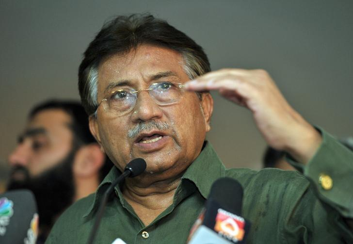 Pakistan's former President Pervez Musharraf speaks during a news conference in Dubai March 23, 2013. REUTERS/Mohammad Abu Omar/Files
