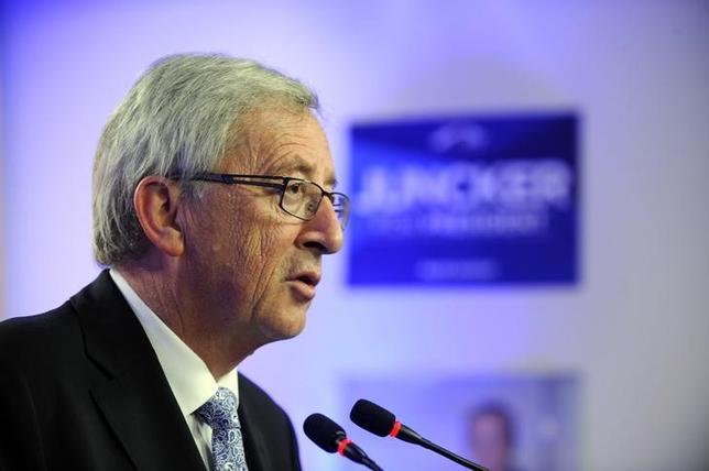 3月1日、欧州委員会のユンケル委員長(写真)は英国離脱後を見据えて欧州連合(EU)の結束強化や支持拡大に向けた改革の選択肢を示した白書を欧州議会に提出した。2014年5月撮影(2017年 ロイター/Eric Vidal)