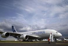 United Airlines n'achètera plus d'avions de la catégorie des très gros porteurs. /Photo d'archives/REUTERS/Pascal Rossignol