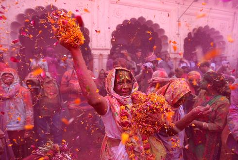 Vrindavan widows celebrate Holi
