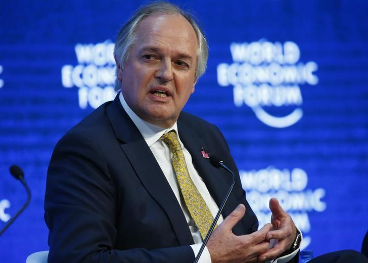 Paul Polman, Chief Executive Officer of Unilever attends the session ''The New Climate and Development Imperative'' during the Annual Meeting 2016 of the World Economic Forum (WEF) in Davos, Switzerland January 21, 2016. REUTERS/Ruben Sprich