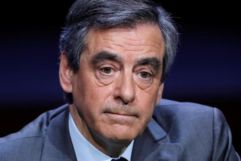 Francois Fillon, former French prime minister, member of the Republicans political party and 2017 presidential election candidate of the French centre-right, attends the Association of the Mayors of France (AMF) conference in Paris, France, March 22, 2017. REUTERS/Charles Platiau