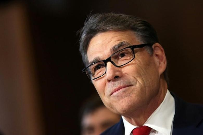 FILE PHOTO --  Former Texas Governor Rick Perry testifies before a Senate Energy and Natural Resources Committee hearing on his nomination to be Energy secretary at Capitol Hill in Washington, U.S., January 19, 2017. REUTERS/Carlos Barria/File Photo