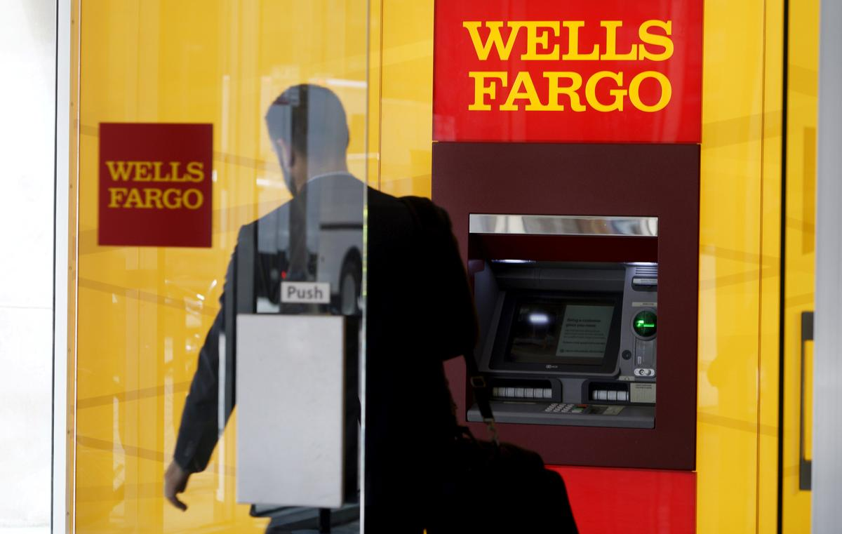 Best Banker In America Blamed For Wells Fargo Sales Scandal