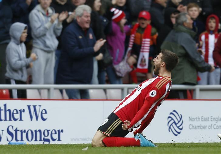 Britain Soccer Football - Sunderland v West Ham United - Premier League - Stadium of Light - 15/4/17 Sunderland's Fabio Borini celebrates scoring their second goal Action Images via Reuters / Ed Sykes Livepic