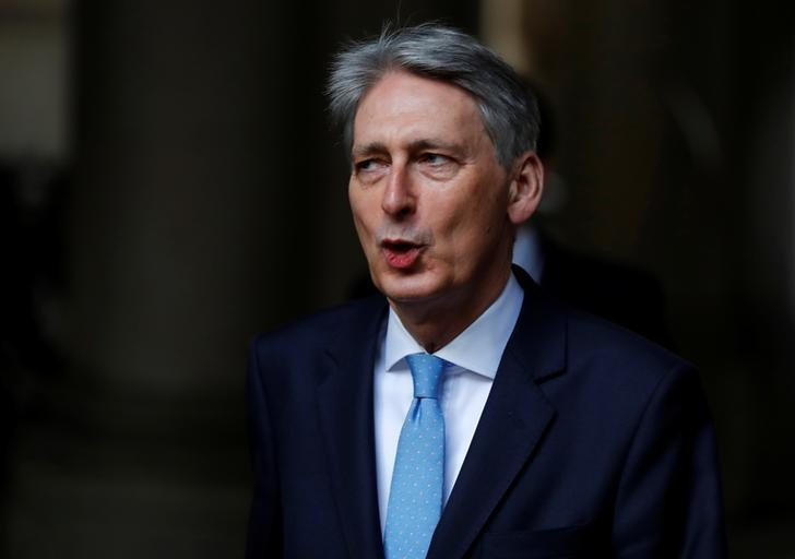 Britain's Chancellor of the Exchequer Philip Hammond arrives in Downing Street, London March 29, 2017. REUTERS/Stefan Wermuth