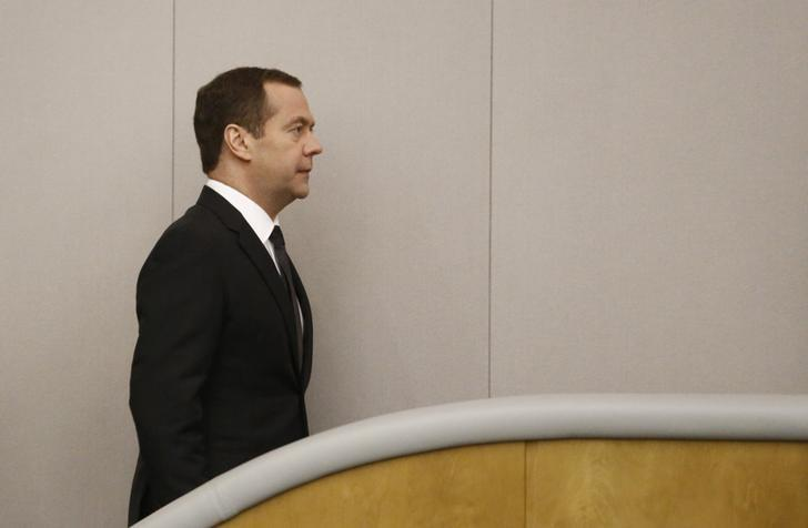 Russian Prime Minister Dmitry Medvedev walks during a session at the State Duma, the lower house of parliament, in Moscow, Russia, April 19, 2017. REUTERS/Sergei Karpukhin